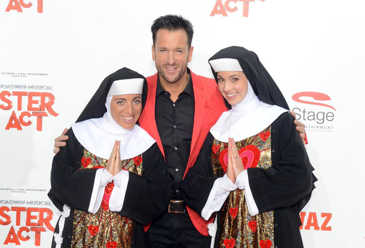 sisteract-stuttgart2012-premiere_c_Stage-Entertainment_0004.jpg