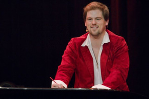 Patrick Stanke in 'Mozart!'. Foto: Stephan Drewianka