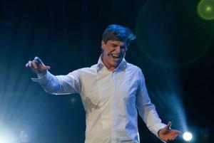 Jan Ammann singt 'Der letzte Tanz'. Foto: Stephan Drewianka