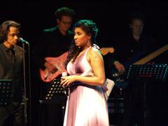 Ana Milva Gomes mit 'Sind die Sterne gegen uns'. Foto: