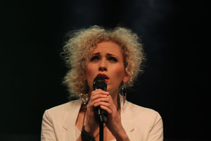 Sabrina Weckerlin singt Mollys Klage 'With You' aus 'Ghost'. Foto: Sandra Reichel