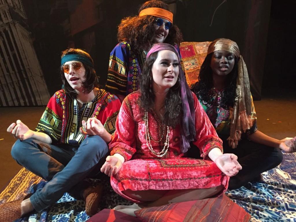 Marina Earthflower (Emily Rose-Hurdiss) und ihre Anhänger.Foto: Dee Shulman