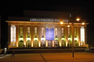 Das Anhaltische Theater während des Kurt Weill Festes. Foto: Kurt Weill Fest