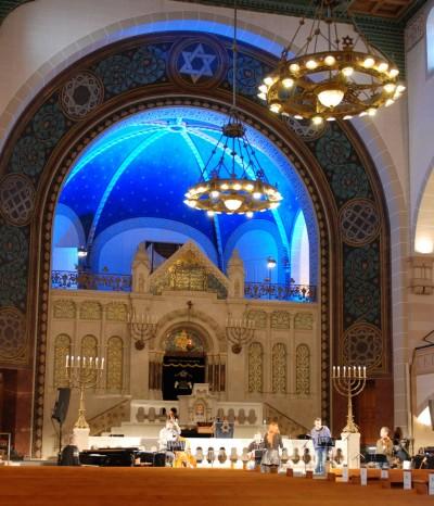 Ute Lemper bei der Probe ihres Programms »Songs for Eternity« in der Synagoge in der RykestraßeSabine Schereck