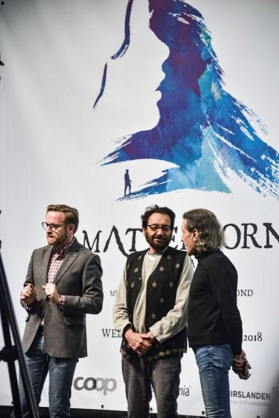 (v.l.): Peter Heilker (Operndirektor St. Gallen), Shekhar Kapur (Regisseur) und Albert Hammond (Komponist)Foto: Tine Edel