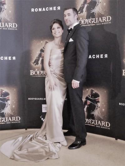 Diva und Bodyguard - Patricia Meeden und Jo WeilFoto: Yvonne Brandstetter