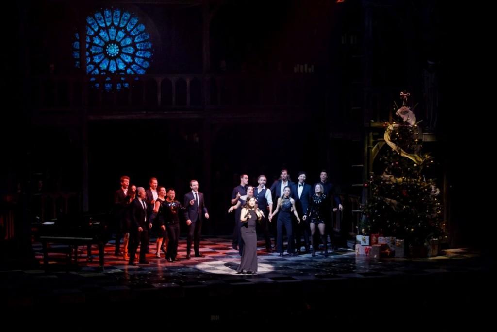 ›Santa Claus Is Coming to Town‹ - Mercedesz Csampai & EnsembleFoto: Stage / Jan Potente