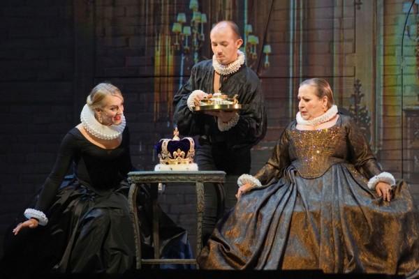 Opulentes Kino – Impressionen von »Der Mann mit dem Lachen« an der Staatsoperette Dresden