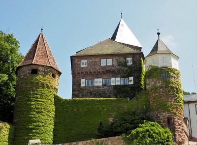 Einmalige Kulisse: Schloss ZwingenbergFoto: Birgit Bernds