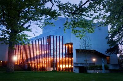 Theater-St.-Gallen-c-Tine-Ede